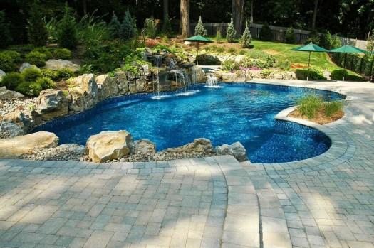 Backyard Retreat with Spa: