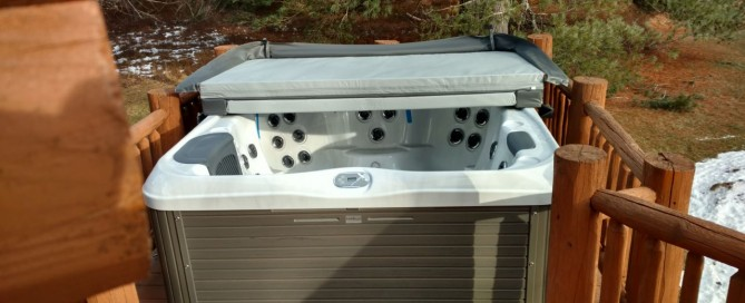 Bullfrog Spas X7L Model: The Bullfrog model these Windham, NY clients chose boasts full-body loungers, traditional layouts and Bullfrog's patented JetPaks (massage jets) which provide the ultimate in hydrotherapy experience.