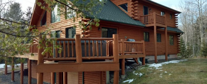 Hot Tub Decks: The new owners of this handsome log home in Windham, NY, found they had to replace the existing 15-year old hot tub with a new one. After learning about the many benefits of a Bullfrog Spas at our Best Hot Tubs showroom, they chose Bullfrog's X7L model.