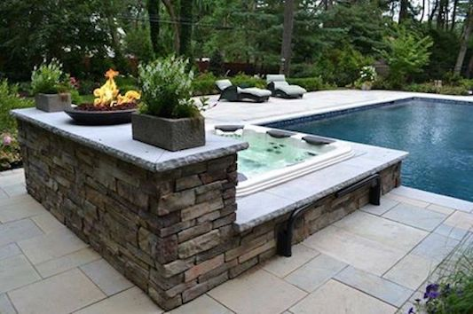 7 Privacy Screen Ideas For Hot Tubs