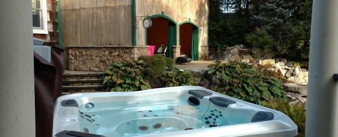 Best Hot Tubs-Maintained Bullfrog Spa (Huntington/NY):