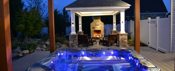 Hot Tub vs Swimming Pool: