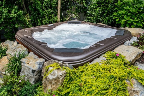 Create Ideal Hot Tub Setting: