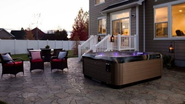 Bullfrog Spas' X Series:
