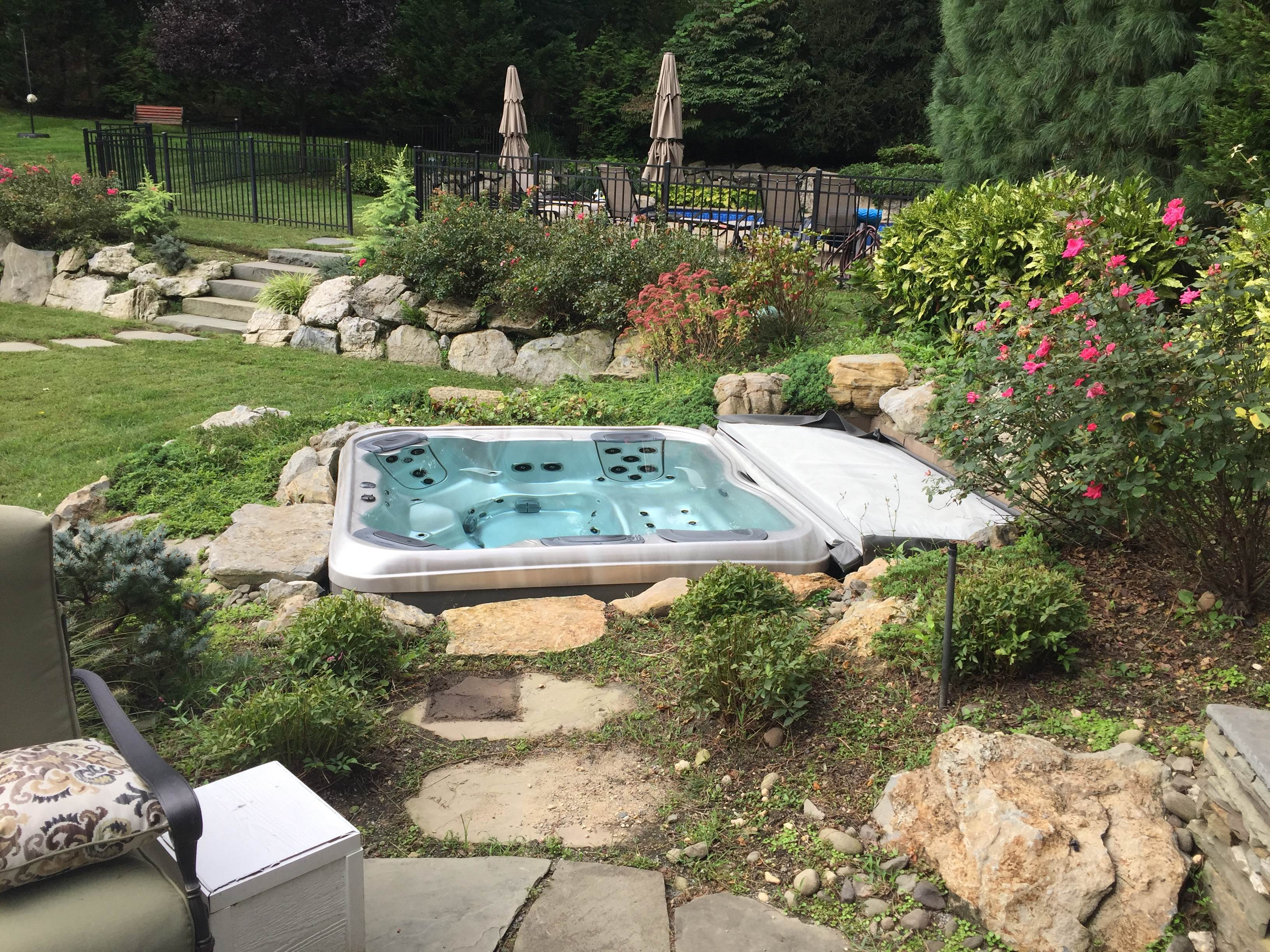 Best Hot Tubs and Spas - Hot Tub Stores in New York State